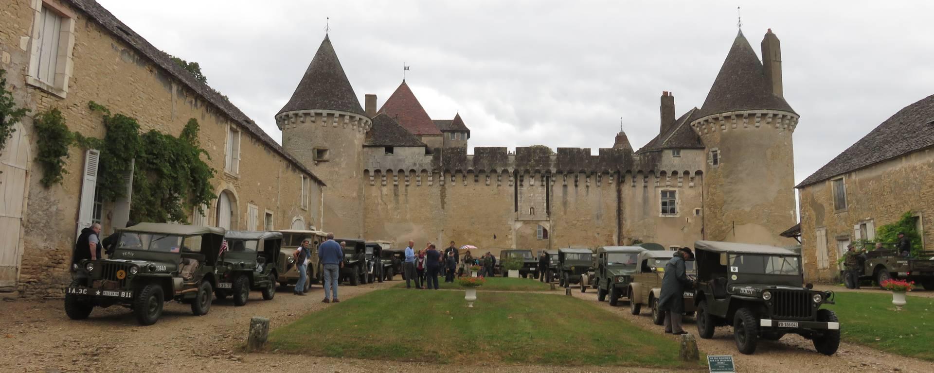 Château de Rully - © Office de Tourisme