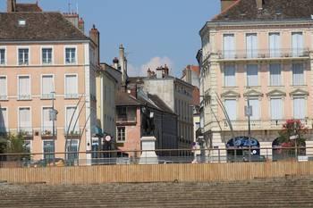 Place du Port Villiers Chalon sur Saône