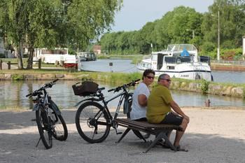 Cyclotourisme et voies vertes dans la Côte Chalonnaise, Saint Léger sur Dheune