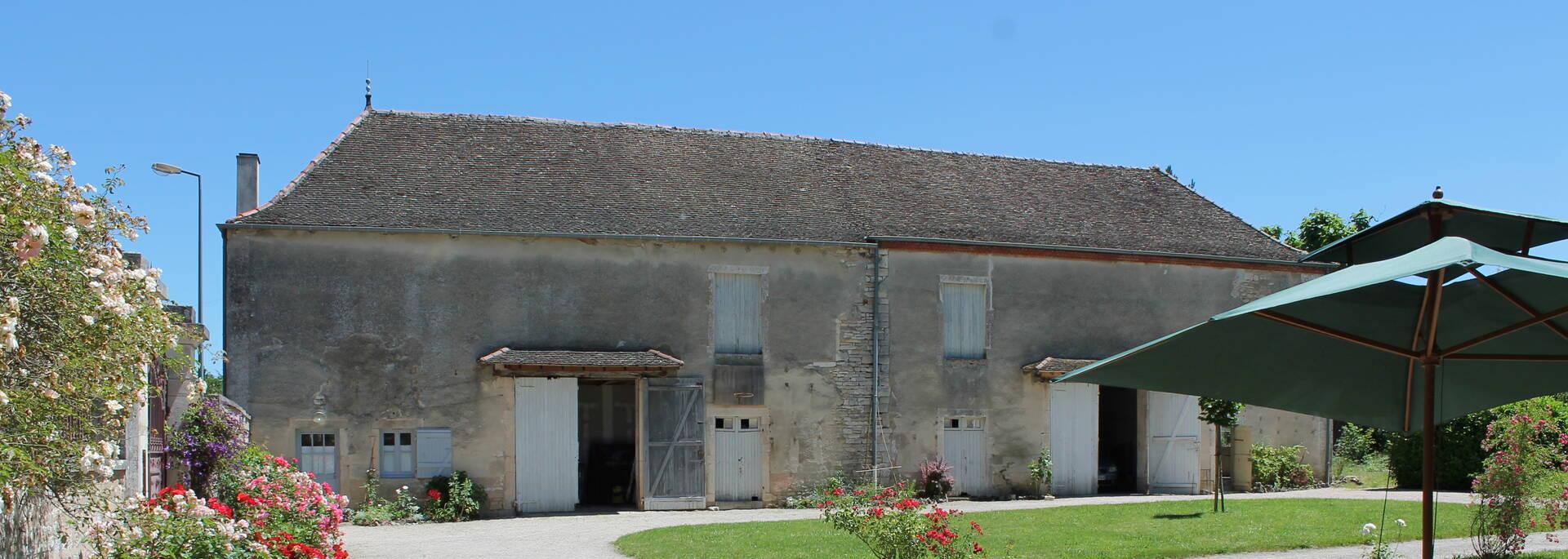 Gite bâtisse ancienne - © Office de Tourisme