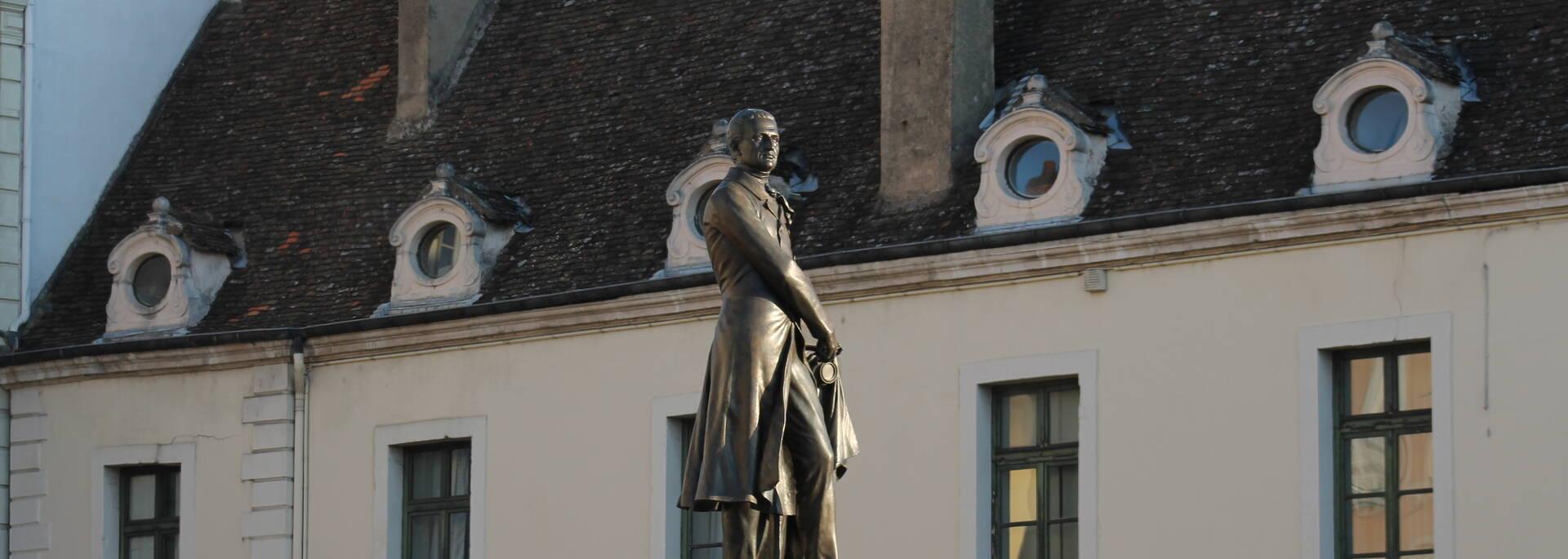 Statue Nicephore Niepce - © Office de Tourisme