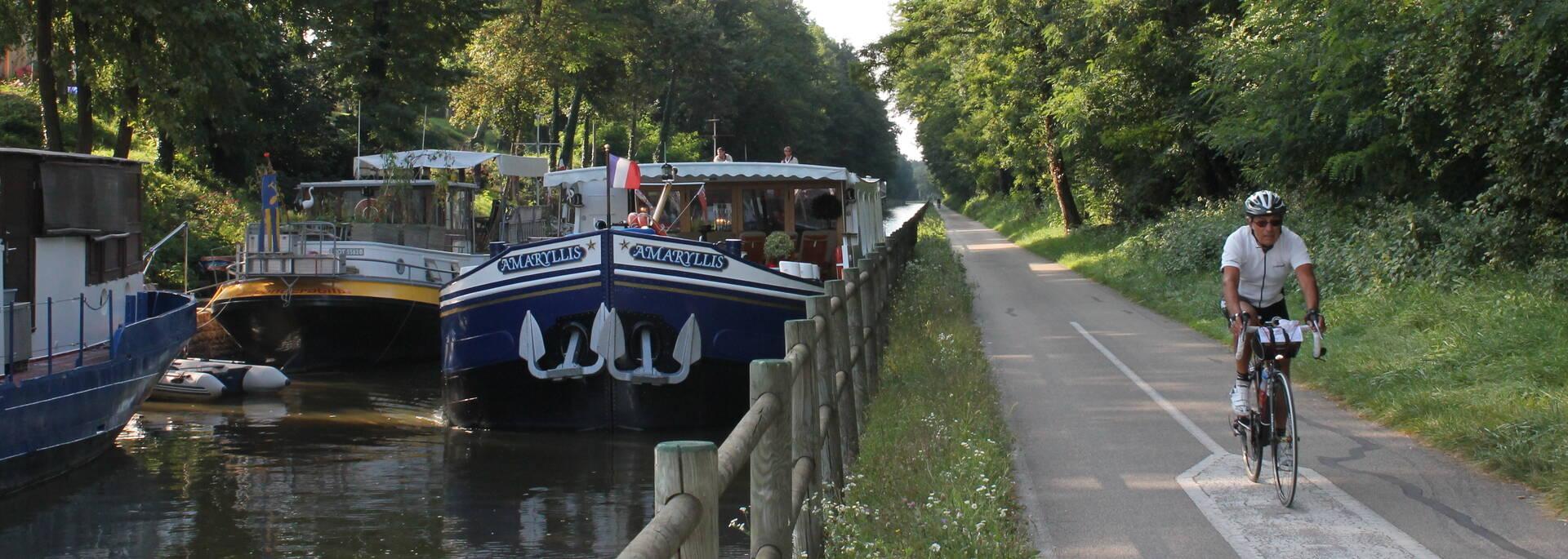 Voie Verte Canal du Centre à Rully en direction de Chagny
