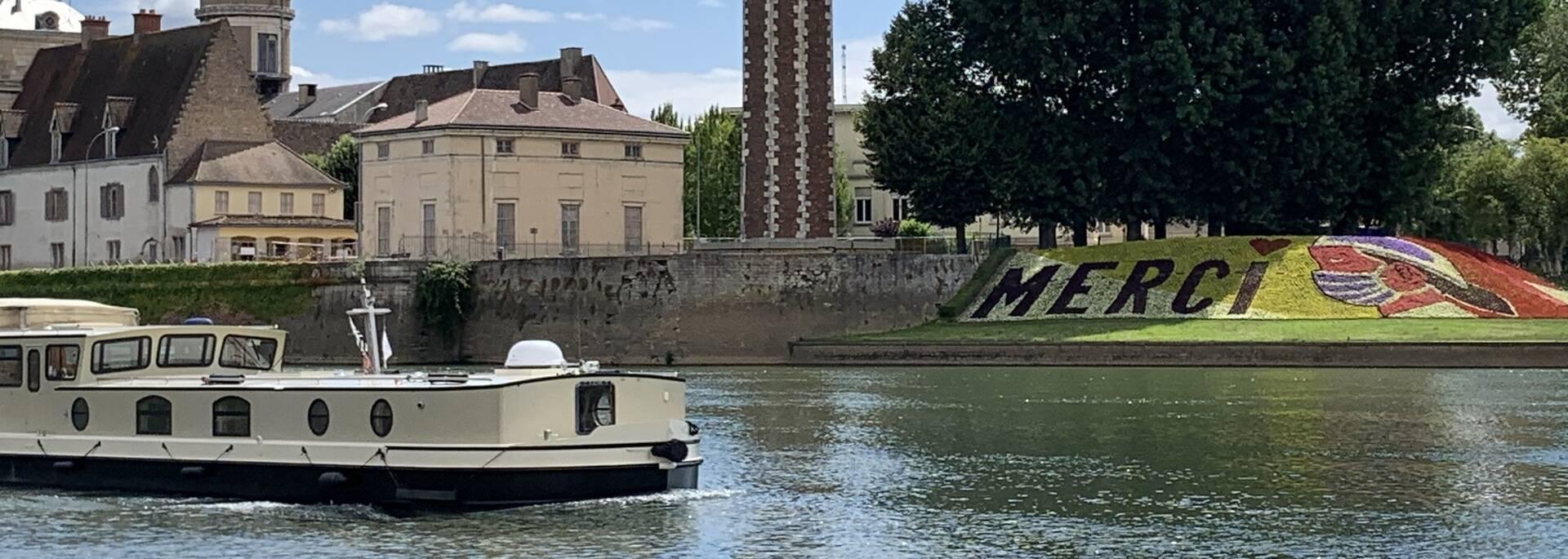 Navigation sur la Saône Chalon centre ville