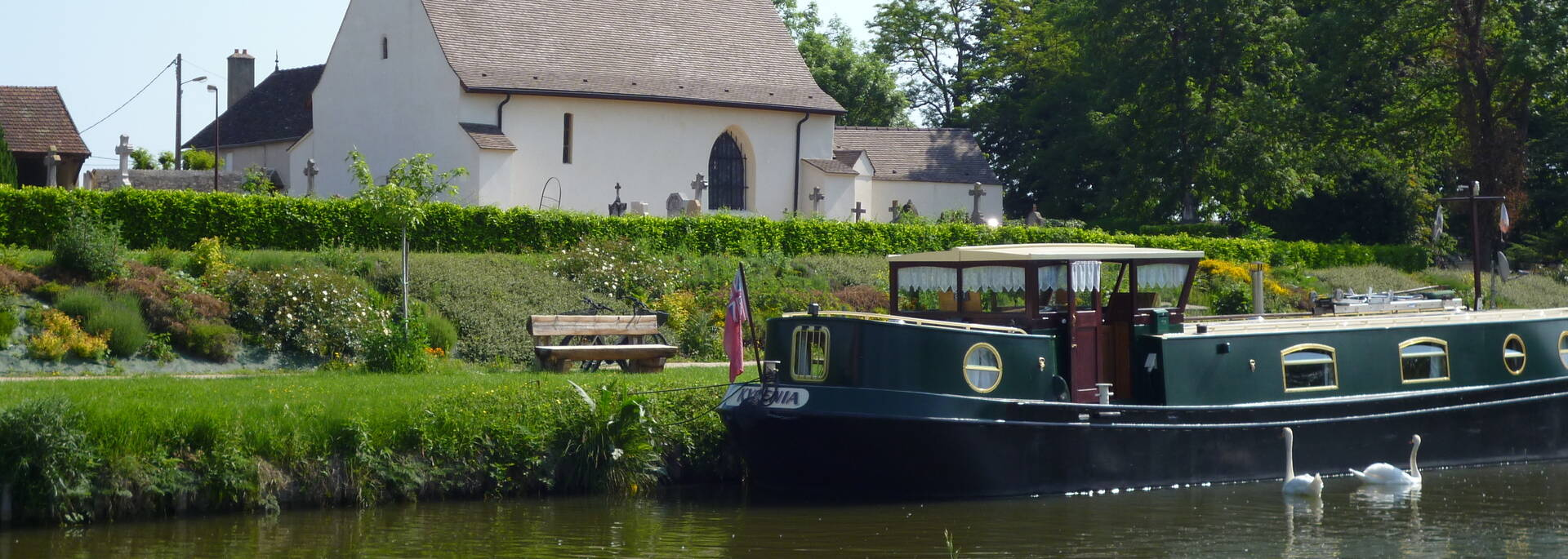 Halte nautique de Fragnes Canal du Centre