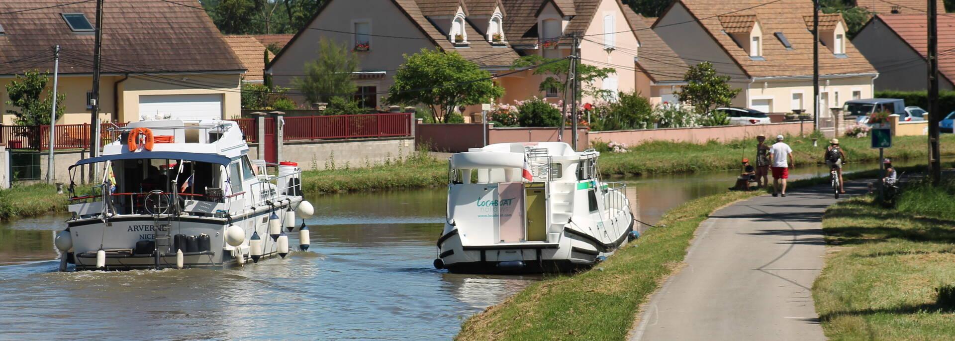 Canal du centre à Rully